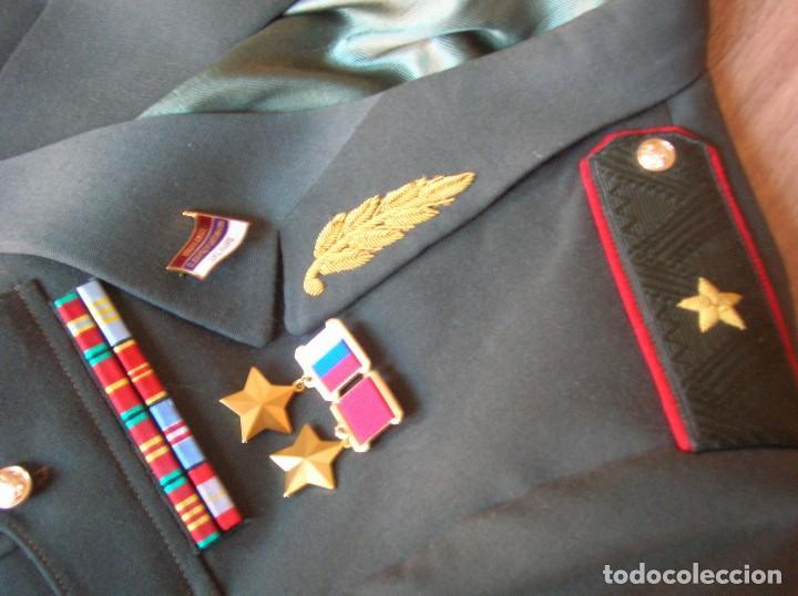 Militaria: EXCEPCIONAL UNIFORME COMPLETO DE GENERAL RUSO. RUSIA AÑOS 90. FEDERACIÓN RUSA. - Foto 2 - 126771335