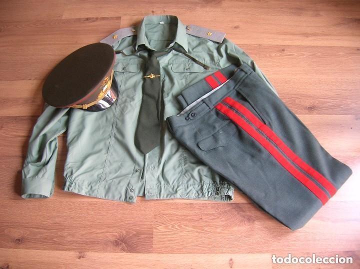UNIFORME COMPLETO DE VERANO DE GENERAL RUSO. FEDERACIÓN RUSA. AÑOS 90-2000. (Militar - Uniformes Extranjeros )