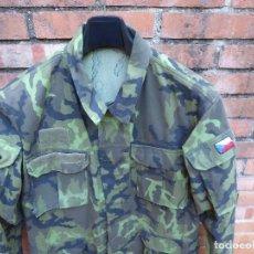 Militaria: CAMISOLA DEL EJÉRCITO CHECO. M-95 CUERPOS ESPECIALES O PARACAIDISTAS. Lote 128820583