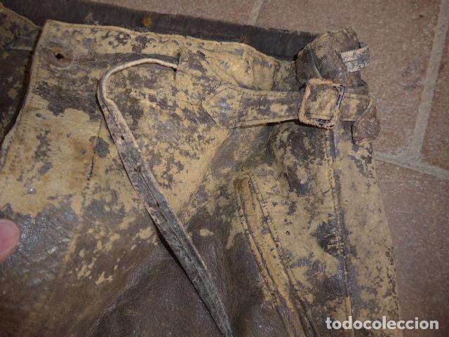 Militaria: Antiguo pantalon y cazadora vuelo de piloto aviador de la RAF inglesa de II guerra mundial, original - Foto 5 - 132013430