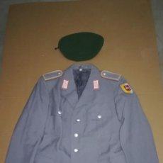 Militaria: GUERRERA Y BOINA MILITAR ALEMANA, AÑOS 90. Lote 138610050