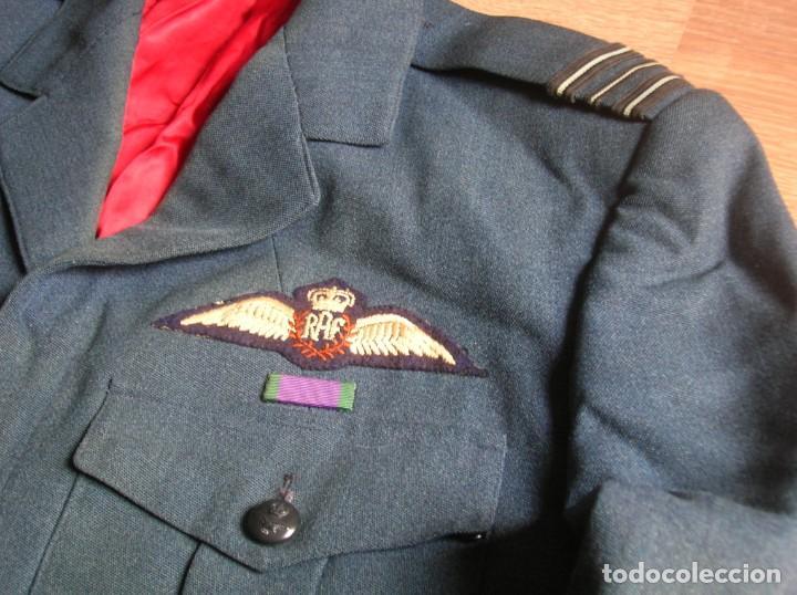 GUERRERA BRITANICA O BATTLEDRESS DE OFICIAL PILOTO LA ROYAL AIR FORCE. RAF. (Militar - Uniformes Internacionales)