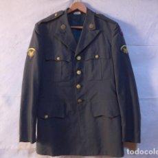 Militaria: ANTIGUA GUERRERA AMERICANA DE OFICIAL, ORIGINAL, CON SUS PARCHES. ESTADOS UNIDOS. GUERRA VIETNAM.. Lote 147653202