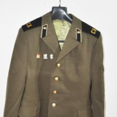 Militaria: CHAQUETA MILITAR SOVIETICA 3 .SOLDADO RASO CON INSIGNIAS .1979 A.TALLA-48 .URSS. Lote 194327243