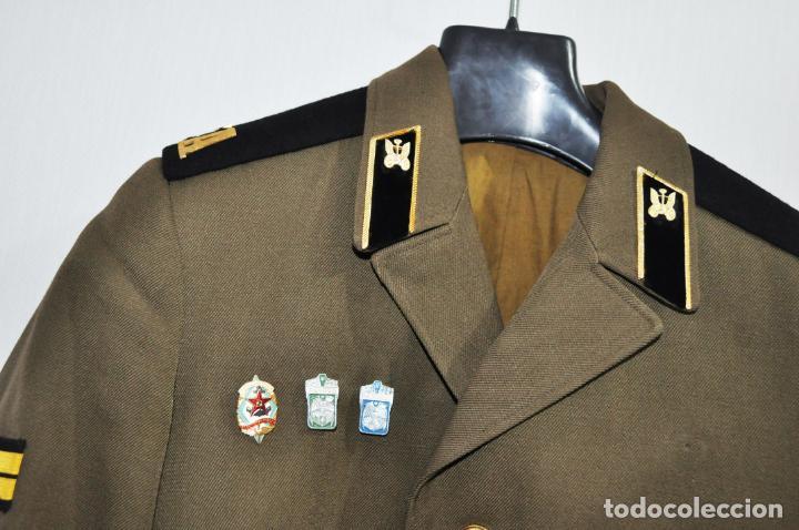 Militaria: Chaqueta militar sovietica 4 .Soldado raso con insignias 1974.Tropas del transporte .URSS - Foto 2 - 151956494