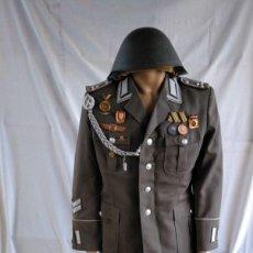 Militaria: UNIFORME DE MANDO DE LA STASI, ALEMANIA DEL ESTE.. Lote 154844278