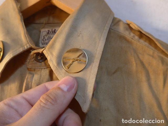 Militaria: Antigua camisa americana de oficial, original, con sus parches. Estados Unidos. II guerra o vietnam? - Foto 5 - 160731762