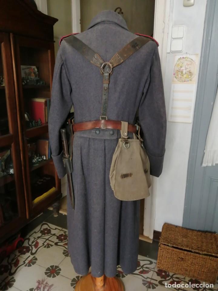 Militaria: Luftwaffe abrigo original Segunda guerra Mundial con bayoneta, mascara de gas, cartucheras y más. - Foto 2 - 161883050