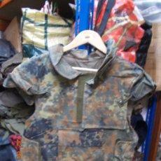 Militaria: CHALECO ANTIFRAGMENTACION ALEMAN FLECKTARN (6). Lote 165397578