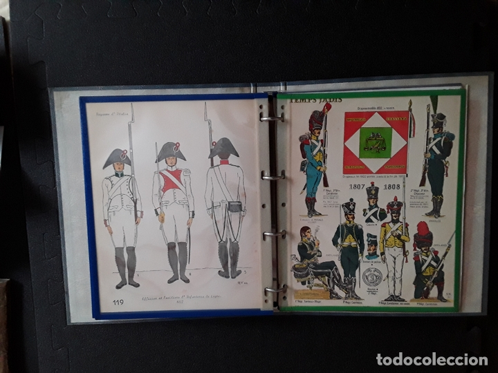 Militaria: Carpeta con ilustraciones de militares e indumentaria al uso de Italia. Uniformes militares. - Foto 4 - 172566098