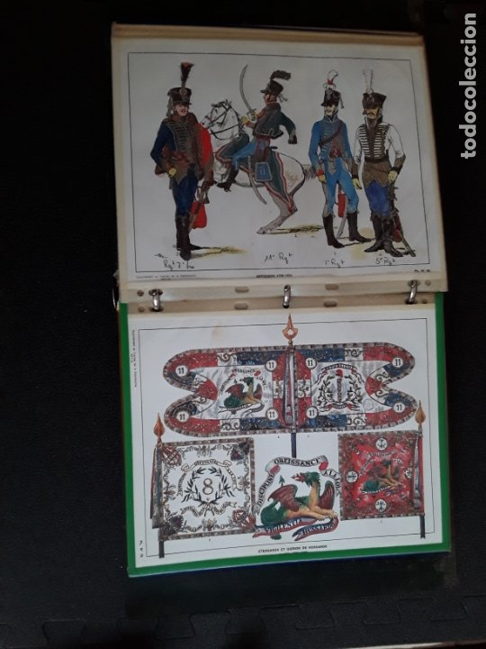 Militaria: Carpeta con ilustraciones de militares e indumentaria al uso. Uniformes de Francia. - Foto 2 - 172569749