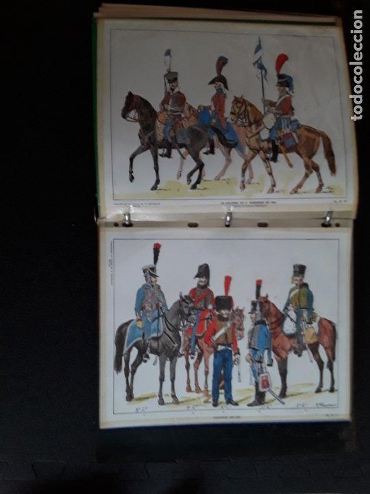 Militaria: Carpeta con ilustraciones de militares e indumentaria al uso. Uniformes de Francia. - Foto 3 - 172569749