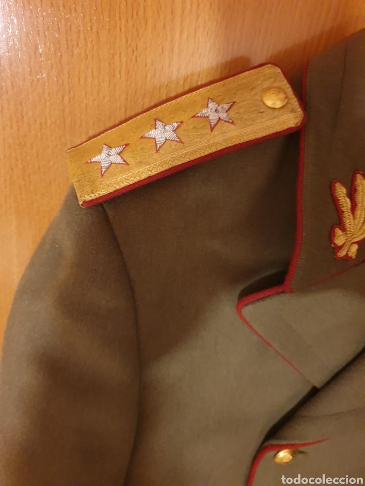 Militaria: ABRIGO, TRES CUARTOS, CAPOTE MILITAR EJERCITO DE RUMANIA. CON GALONES. ÉPOCA COMUNISTA. CORONEL. - Foto 2 - 184465225