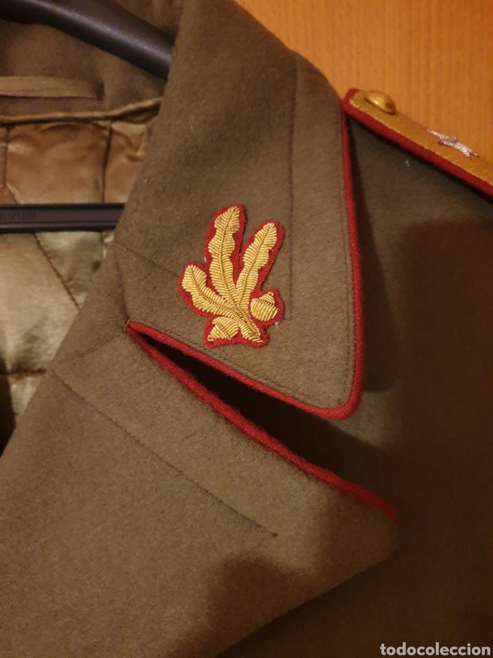 Militaria: ABRIGO, TRES CUARTOS, CAPOTE MILITAR EJERCITO DE RUMANIA. CON GALONES. ÉPOCA COMUNISTA. CORONEL. - Foto 3 - 184465225