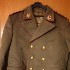 Militaria: ABRIGO, TRES CUARTOS, CAPOTE MILITAR EJERCITO DE RUMANIA. CON GALONES. ÉPOCA COMUNISTA. CORONEL.. Lote 184465225