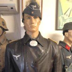 Militaria: CHAQUETA DE CUERO DE PILOTO ALEMAN DE LA LUFTWAFFE ORIGINAL CON SUS MARCAJES TALLA L PIEZON ¡¡¡. Lote 189401320