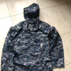 Militaria: UNIFORME COMPLETO US NAVY USN PIXELADO AZUL TALLA MEDIUM REGULAR. Lote 191564238
