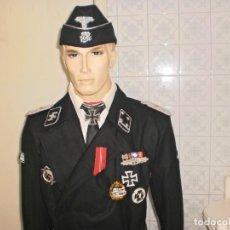 Militaria: VENDO RÉPLICA UNIFORME MILITAR DE OFICIAL DE LAS WAFFEN SS PANZER DIVISION NEGRO. Lote 194602951