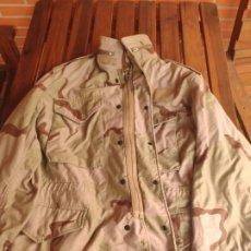 Militaria: CHAQUETA PARKA ÁRIDA DEL EJÉRCITO AMERICANO GUERRA DEL GOLFO. Lote 194646311