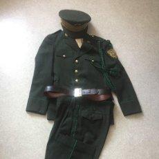 Militaria: UNIFORME DE POLICÍA DE ANDORRA - 1980.. Lote 206419146