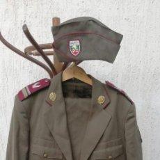 Militaria: UNIFORME OFICIAL COMPLETA BULGARIA. Lote 210165976