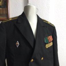 Militaria: GUERRERA SOVIETICA DE LA MARINA CON MEDALLAS. Lote 207974232