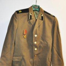 Militaria: CHAQUETA MILITAR SOVIETICA CON MEDALLA .SOLDADO RASO.URSS. Lote 210785064