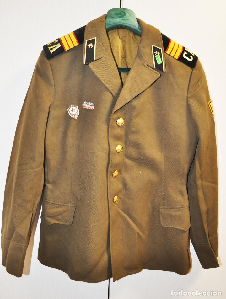 CHAQUETA MILITAR SOVIETICA CON INSIGNIAS 4.URSS (Militar - Uniformes Extranjeros )