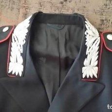 Militaria: UNIFORME POLICÍA CARABINIERI COMO GUARDIA CIVIL, GORRA,INSIGNIA CINTO HEBILLA, FUNDA PISTOLA, CINCHA. Lote 217501250