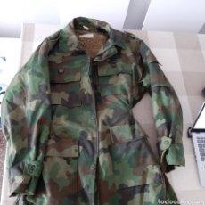 Militaria: PARKA CHAQUETÓN ORIGINAL SERBIO. XL. CON FORRO INTERIOR.. Lote 234179980