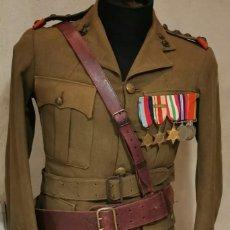 Militaria: WW2. SUDÁFRICA. GUERRERA DE CAPITÁN DEL CUERPO DE INGENIEROS.TÚNICA Y MEDALLAS A NOMBRE LF GILLESPIE. Lote 245031765