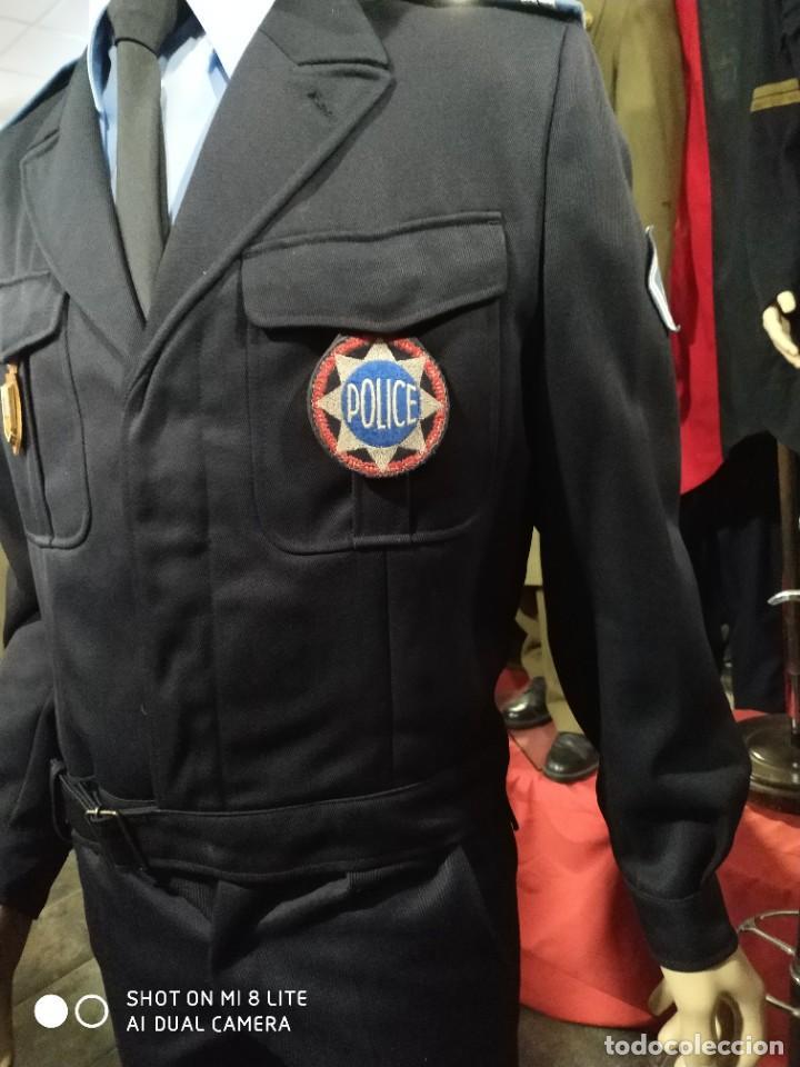 Militaria: Uniforme completo de policia CRS frances . Con insignia placa pepito gorra y hombreras Francia - Foto 7 - 247811750