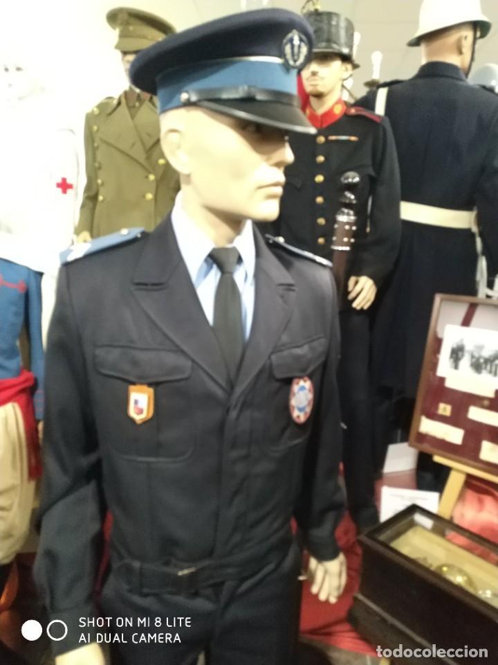Militaria: Uniforme completo de policia CRS frances . Con insignia placa pepito gorra y hombreras Francia - Foto 9 - 247811750