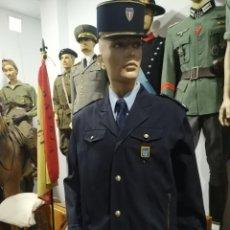 Militaria: UNIFORME COMPLETO POLICIA NACIONAL FRANCIA GORRA E INSIGNIA DISTINTIVOS POLICIALES PARCHE PARCHES. Lote 249486245