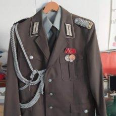 Militaria: UNIFORME MILITAR ORIGINAL DE LA REPUBRICA DEMOCRATICA DE ALEMANIA. Lote 277142053