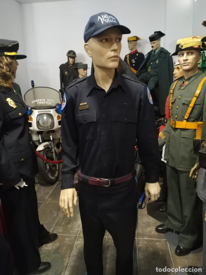 UNIFORME POLICIA ABILENE ESTADOIS UNIDOS DE AMERICA . PANTALON, CAMISA CON PARCHES GORRA PARCHE (Militar - Uniformes Internacionales)