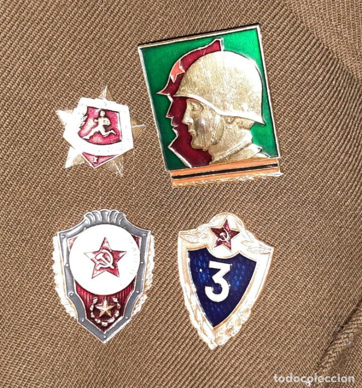 Militaria: ANTIGUA CHAQUETA MILITAR DE OFICIAL RUSA, SOVIETICA, URSS, CCCP, CON INSIGNIAS - AÑOS 80 - Foto 5 - 286526708