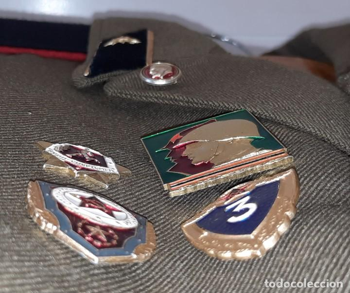 Militaria: ANTIGUA CHAQUETA MILITAR DE OFICIAL RUSA, SOVIETICA, URSS, CCCP, CON INSIGNIAS - AÑOS 80 - Foto 8 - 286526708