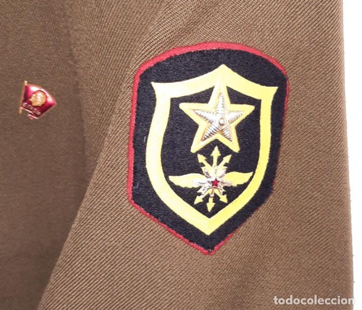 Militaria: ANTIGUA CHAQUETA MILITAR DE OFICIAL RUSA, SOVIETICA, URSS, CCCP, CON INSIGNIAS - AÑOS 80 - Foto 9 - 286526708