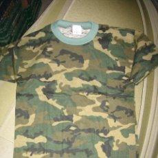 Militaria: CAMISETA DE MANGA CORTA DE CAMUFLAJE, TALLA M. Lote 5134325