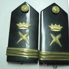 Militaria: HOMBRERAS DE LA MARINA DE GUERRA. MAYOR ESCRIBIENTE. ÉPOCA DE FRANCO.. Lote 19988316