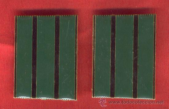LOTE DE PAR GALONES CABO PROFESIONAL PARA HOMBRERAS VIVO VERDE (Militar - Otros relacionados con uniformes )