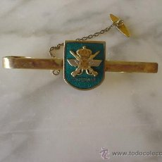 Militaria: SUJETA CORBATAS ESEGU.. Lote 26311553