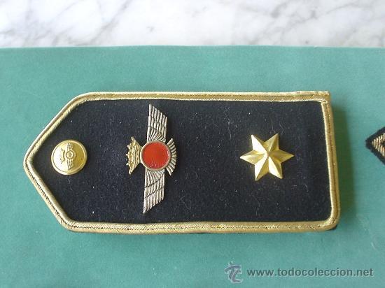 LOTE DE DOS PALAS DEL EJERCITO DEL AIRE DE FIELTRO O SIMILAR. (Militar - Otros relacionados con uniformes )