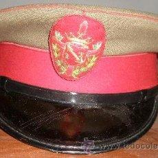 Militaria: GORRA ESCOLTA DE FRANCO. Lote 16862109