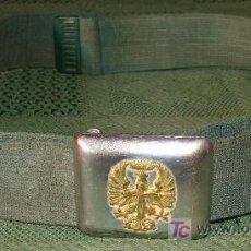 Militaria: CINTURÓN MILITAR. EJÉRCITO ESPAÑOL. HEBILLA METÁLICA CON ÁGUILA DORADA EN RELIEVE. 112 CM. . Lote 15218815