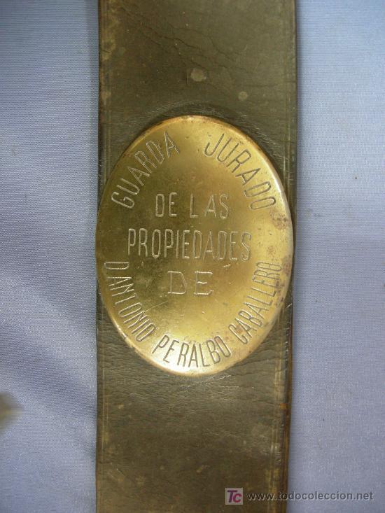 CHAPA Y BANDOLERA DE GUARDA JURADO DE LAS PROPIEDADES D. ANTONIO PERALBO CABALLERO.- CÓRDOBA (Militar - Cinturones y Hebillas )