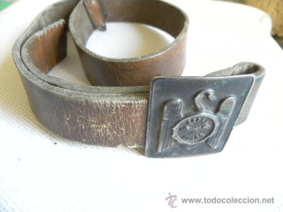 Militaria: Falange Española cinturón de cuero con hebilla época Franco.-Ernesto Martínez.-(Artillería) - Foto 2 - 26723724
