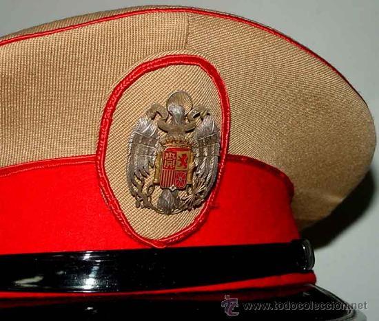Militaria: Antigua gorra del Regimiento de la Guardia de S.E. El Jefe del Estado (Francisco Franco) - fabricada - Foto 4 - 27512211