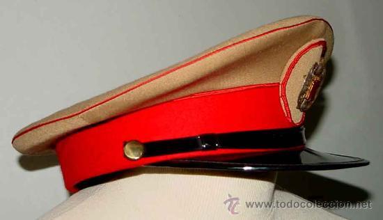 Militaria: Antigua gorra del Regimiento de la Guardia de S.E. El Jefe del Estado (Francisco Franco) - fabricada - Foto 7 - 27512211